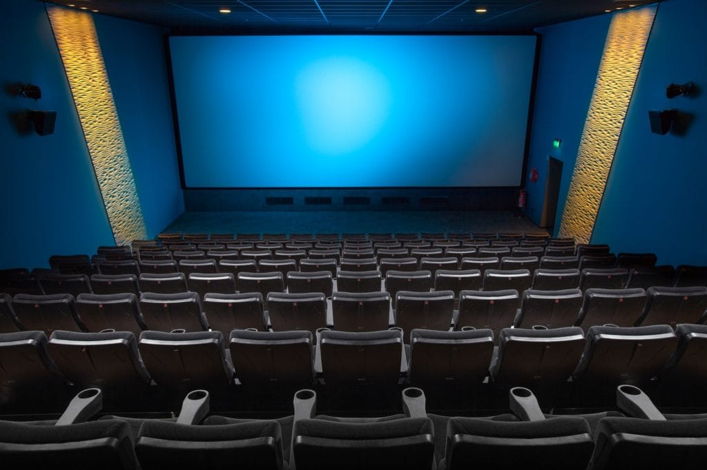 TV, Kino und Radio Werbung wie für diesen schönen Kinosaal